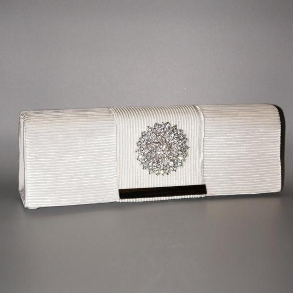 Ivory Wedding Handbag Rhinestone Brooch Satin Pleated Elegant Bridal Evening Bag With Chain (NB10036)