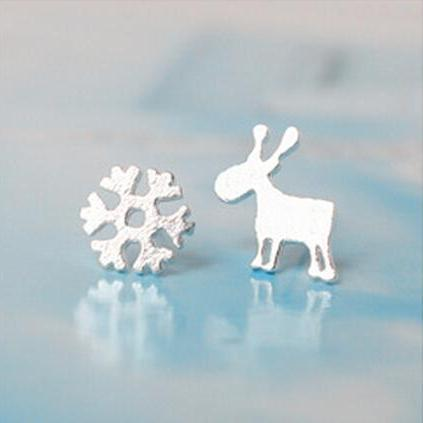 Sterling Silver Anti Allergy Elk and Snowflakes Earring
