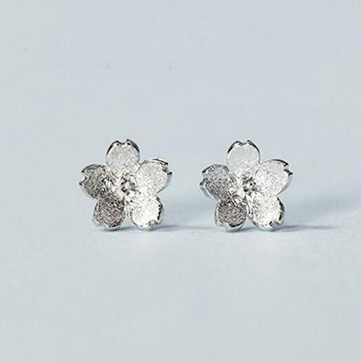 Sterling Silver Anti Allergy Sakura Earring